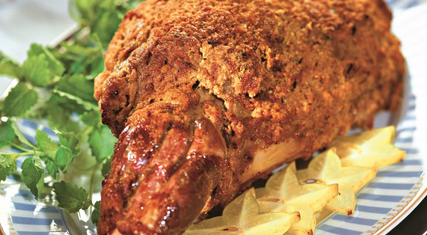 Leg of Lamb in Aromatic Spices