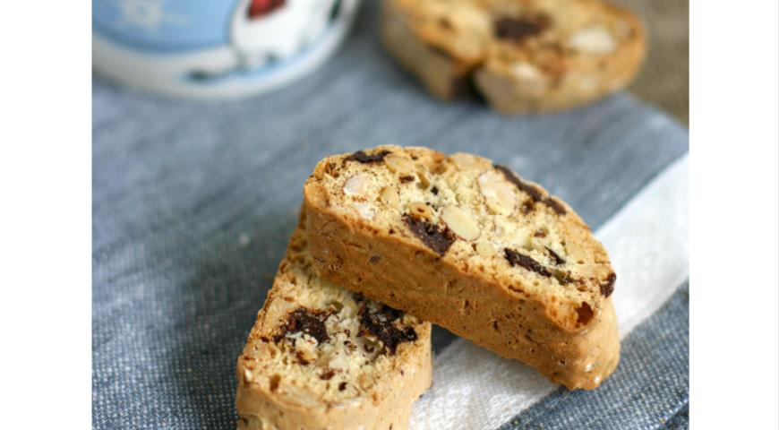 Chocolate biscotti with chocolate, almonds and pine nuts