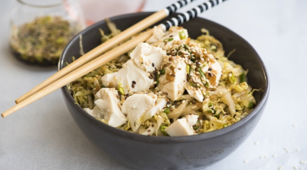 Chinese Cabbage Salad with Tofu and Sesame Seeds