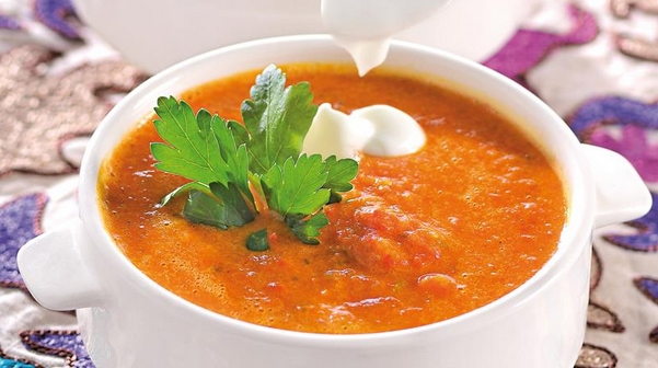 Guatemalan Cucumber and Bell Pepper Soup