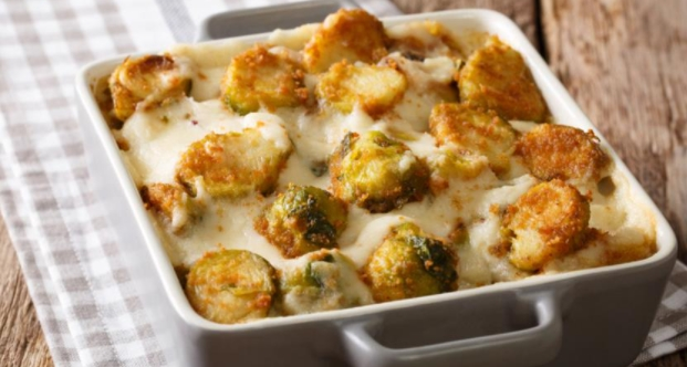 Brussels Sprouts with white Sauce and Cheese