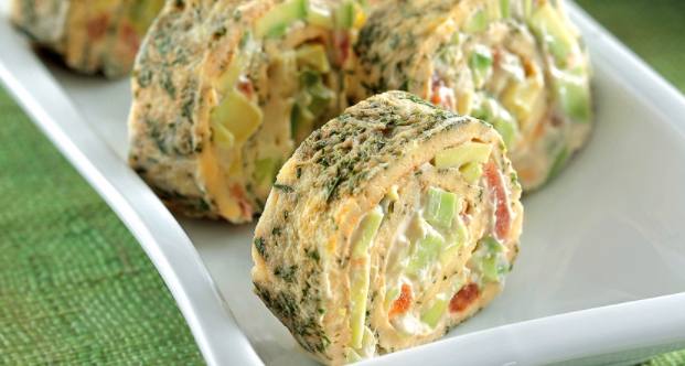 Omelet Rolls with Vegetables