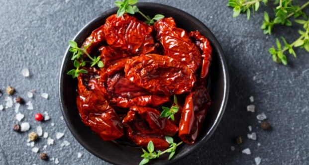 Sun-dried Tomatoes with Vinegar