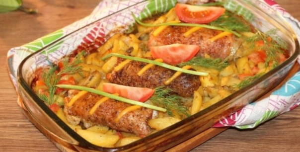 Pork Rolls with Filling and Potatoes