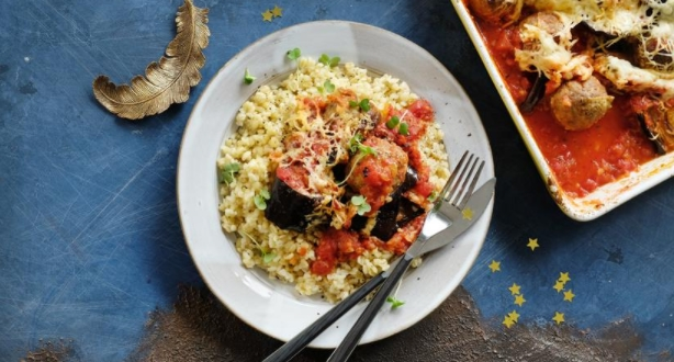 Eggplant baked with Cheese Crust with Meatballs