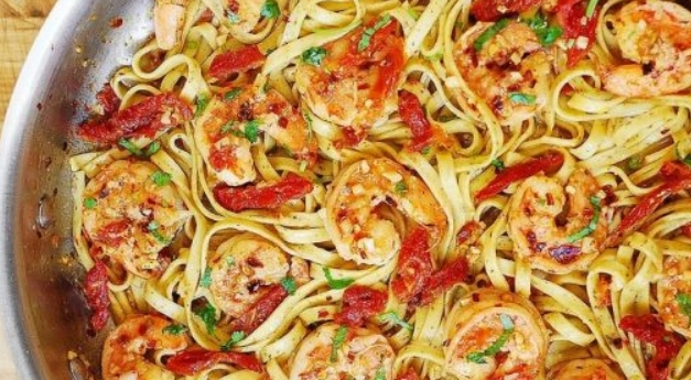 Spaghetti with Sun-dried Tomatoes