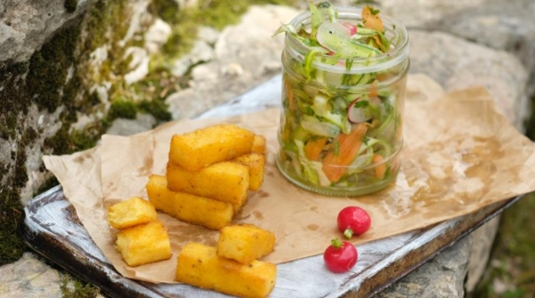 Polenta Cheese Croutons with Green Salad