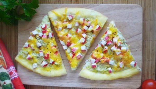 Pizza with Zucchini and Crab Sticks