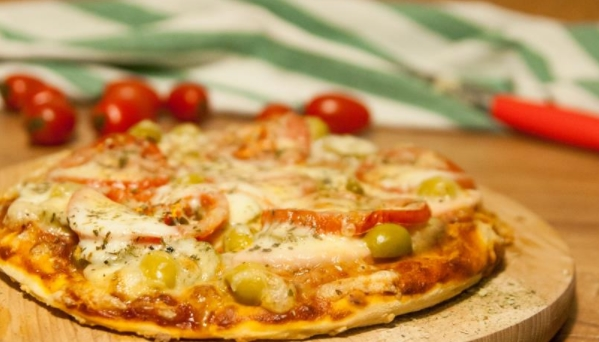 Pizza with Minced eat, Mushrooms and Mozzarella