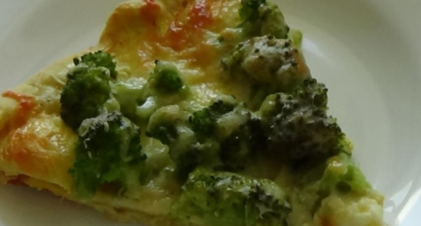 Cheese Pizza with Broccoli