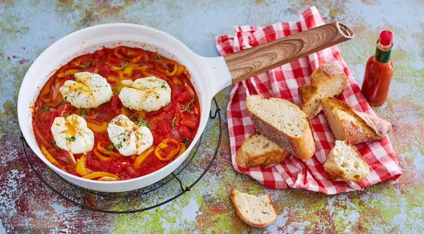 Quick Shakshuka with Poached Eggs