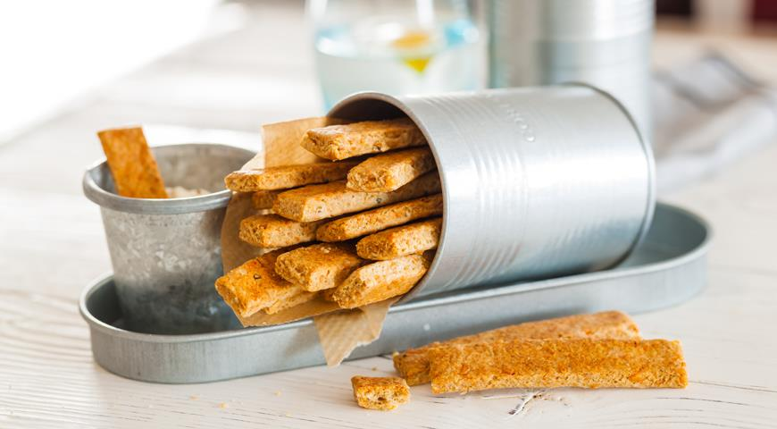 Oat Sticks with Cheese