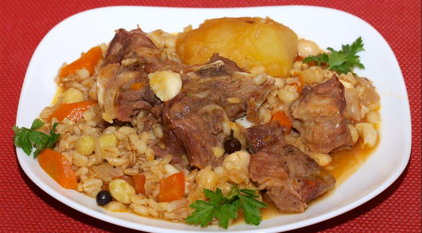 Cholent from the Multicooker