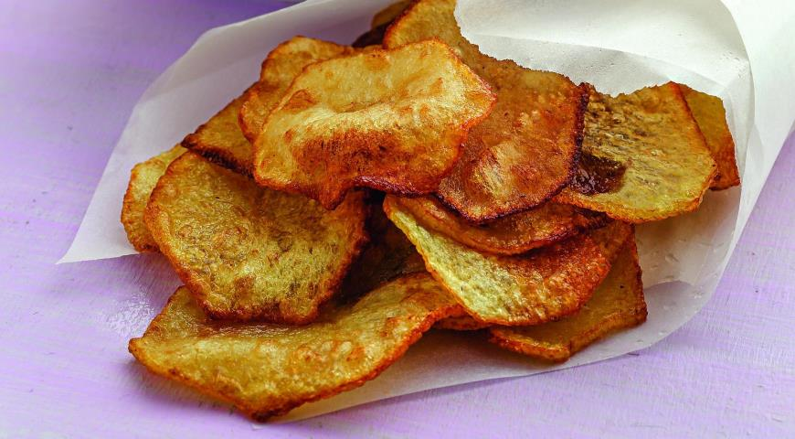 Potato Chips with Curd Dip