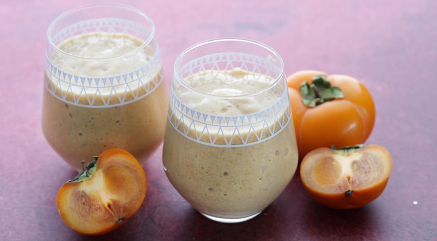 Smoothie with Persimmon and Banana