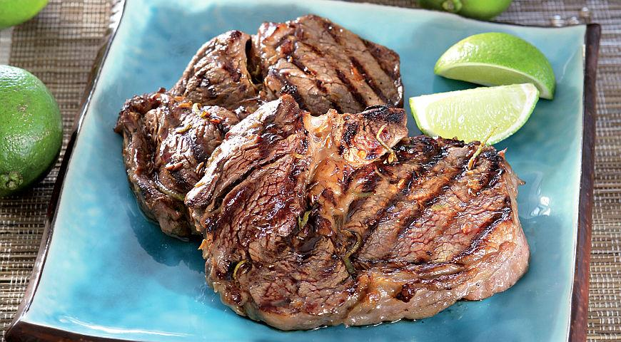 Steaks in a Spicy Lime and Pineapple Marinade