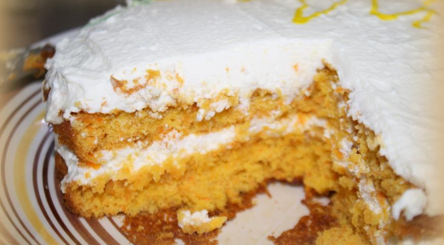 Carrot Cake with Curd Cream