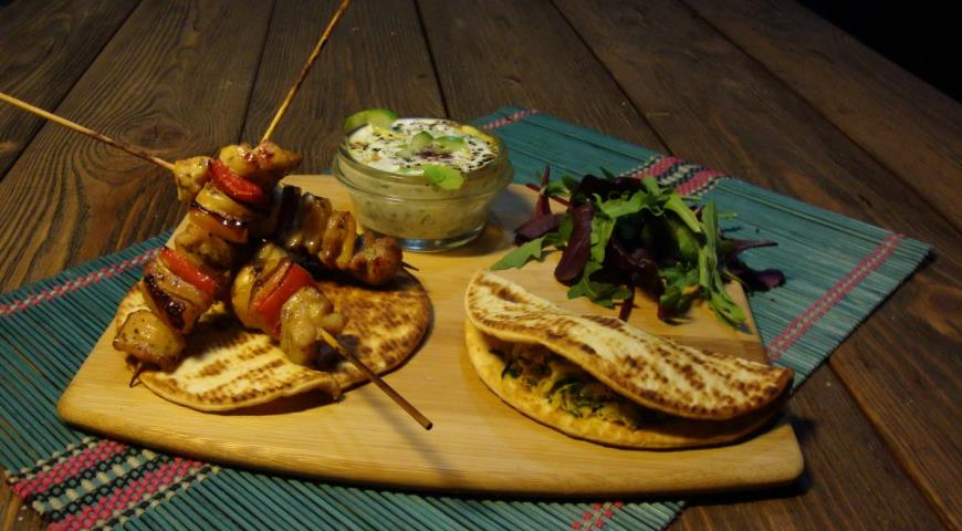 Indian Cakes with Daikon  for Turkey Barbecue with Cucumber Raita