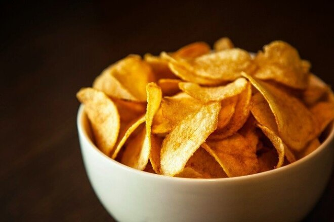 Potato Chips with Herbs without Oil