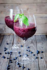 Blueberry cocktail with white wine