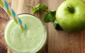 Apple-honey cocktail with kefir