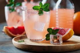 Quick grapefruit mint cocktail