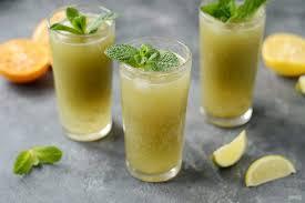 Iced lemonade with matcha green tea
