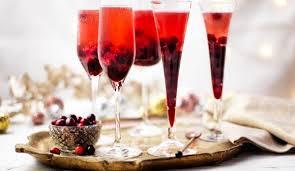 Kir-royal with two liqueurs