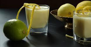 Yoghurt drink with mango