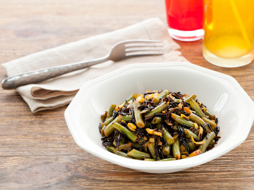 Green beans with wild rice
