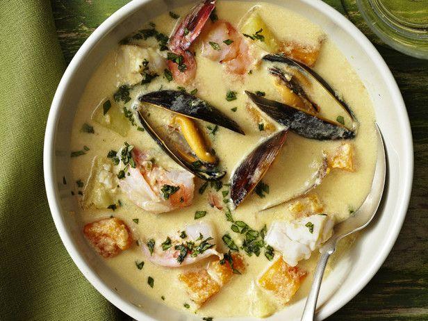 Peruvian seafood puree soup
