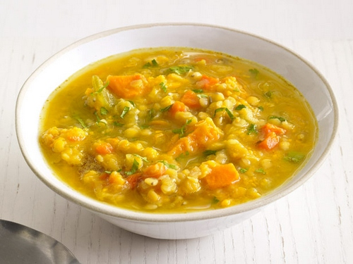 Soup with lentils and sweet potatoes