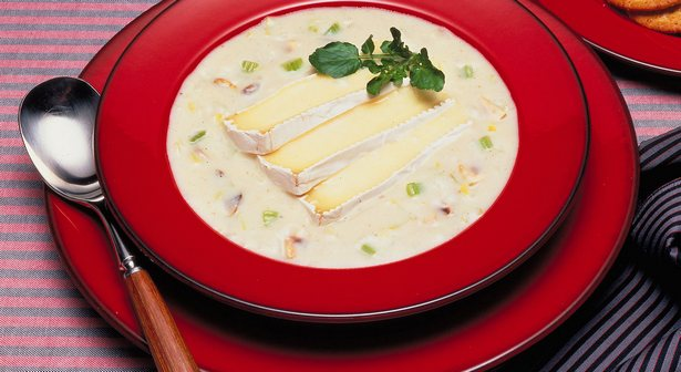 Cream soup with mushrooms and brie cheese