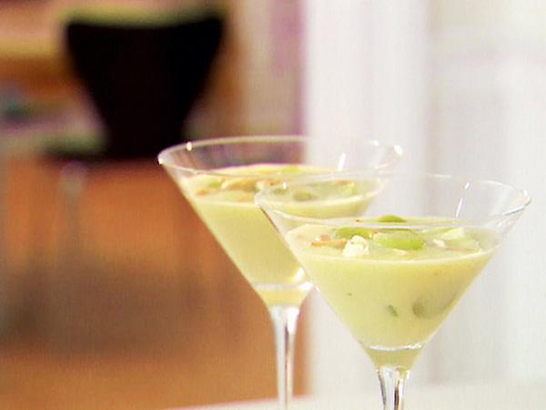 White gazpacho with grapes and roasted almonds