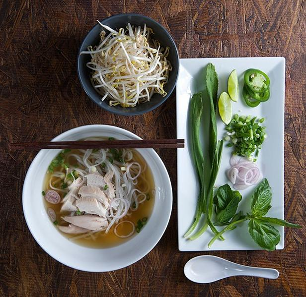 Pho ga (Vietnamese soup with rice noodles and chicken)