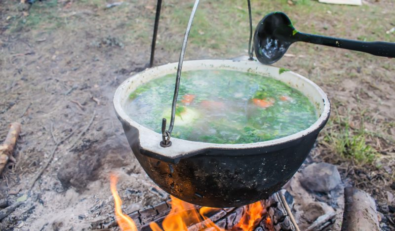 Ear in a cauldron at the stake