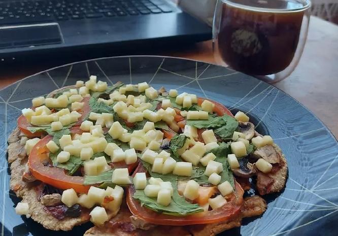 PP Vegan Pizza in a Frying Pan