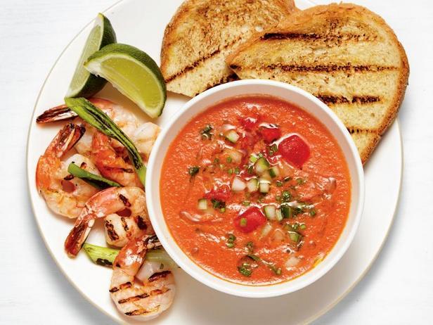Watermelon-tomato gazpacho with shrimps