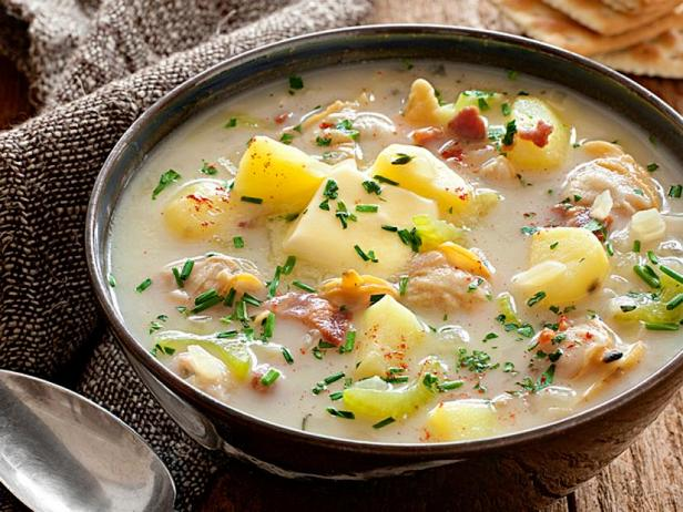 Low-calorie clam chowder