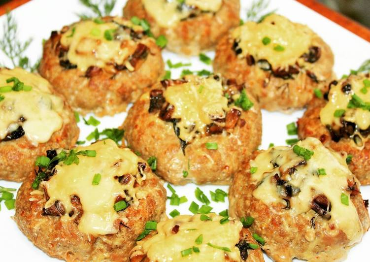 Meat nests with mushroom filling