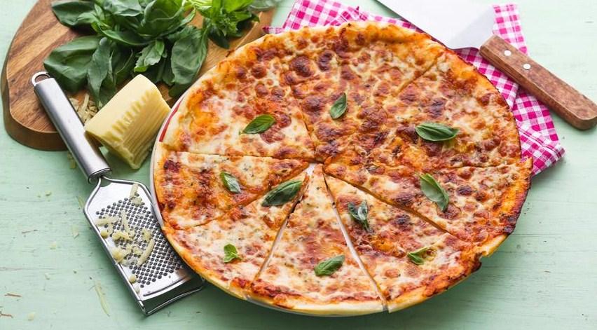 Thin pizza