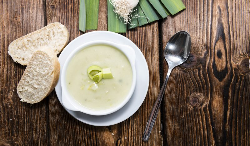 Leek cream soup with fennel
