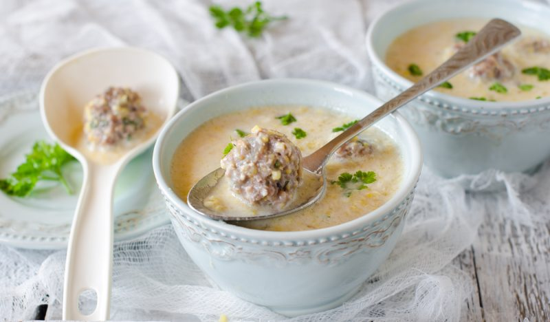 Corn soup with meatballs