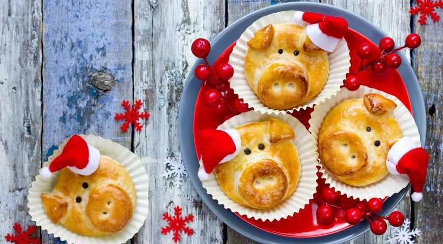 Pig Christmas shortbread