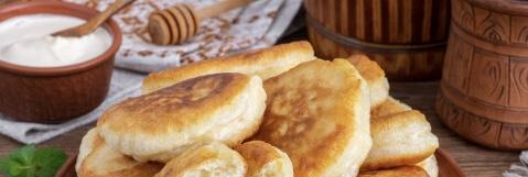 Lush pancakes on kefir