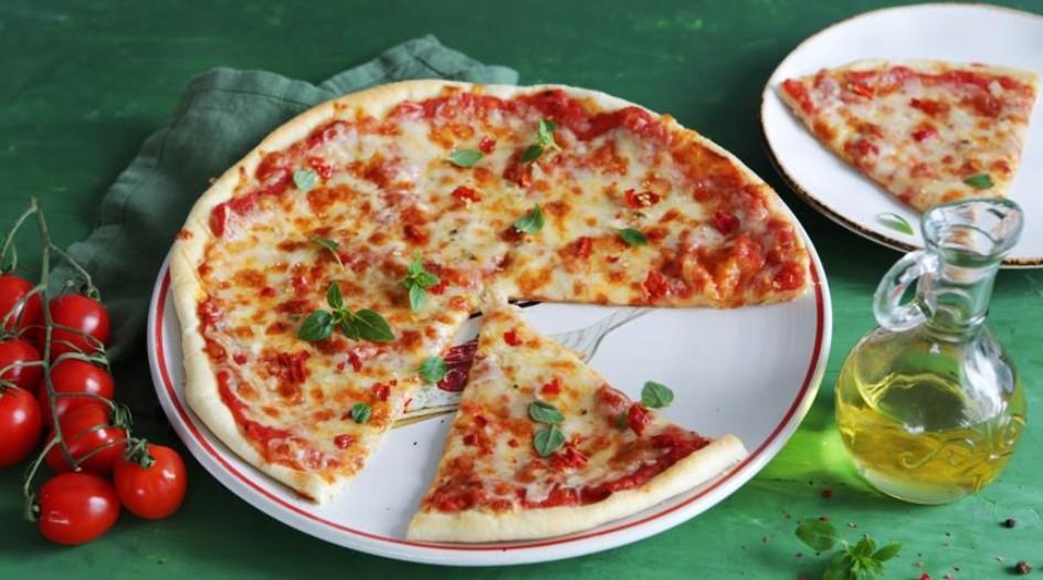 Super crispy pizza Margarita