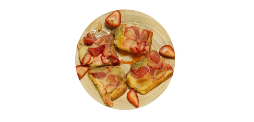 Sweet pizza with fruit