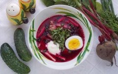 Diet beetroot without potatoes with garlic