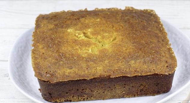 Corn honey bread with sour cream (yeast-free)