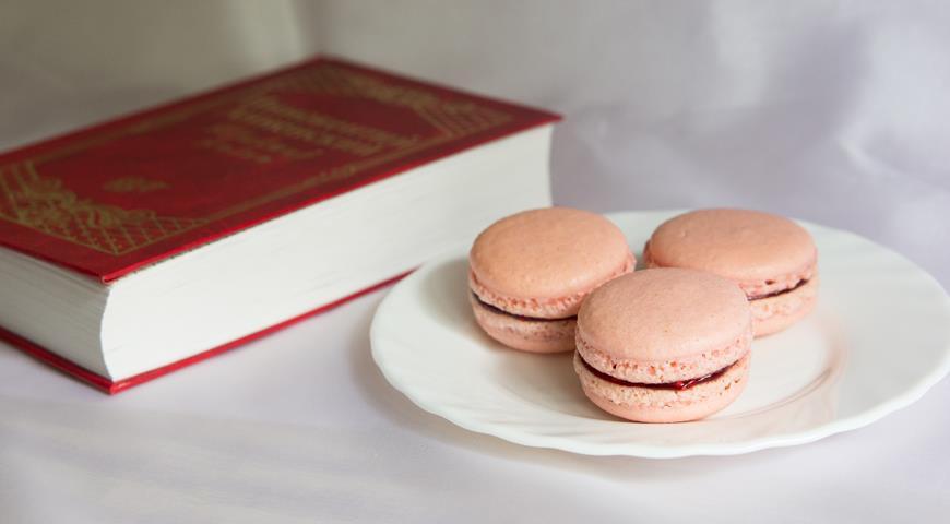 Macaroni with cranberry-raspberry confit